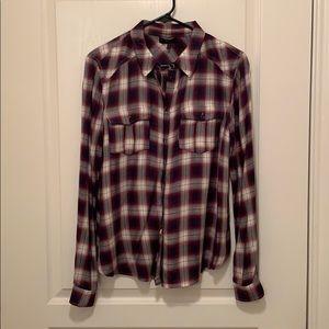 PAIGE! Medium long sleeve plaid button front shirt